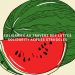 """En avant-plan, nous voyons une illustration d'une tranche de melon d'eau, placée devant le melon au complet. La chair du fruit est colorée d'un rouge vif et sa peau est verte, avec des rayures ondulées noires. Les graines du fruit sont aussi noires et leur forme ressemble presque à des larmes. Au centre de l'image se trouvent les mots """"Solidarité à travers les luttes/Solidarity across struggles""""."""